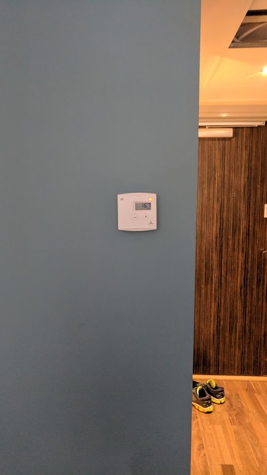 Referanse Rehabilitering Christiania Hotel, Ny rom kontroller