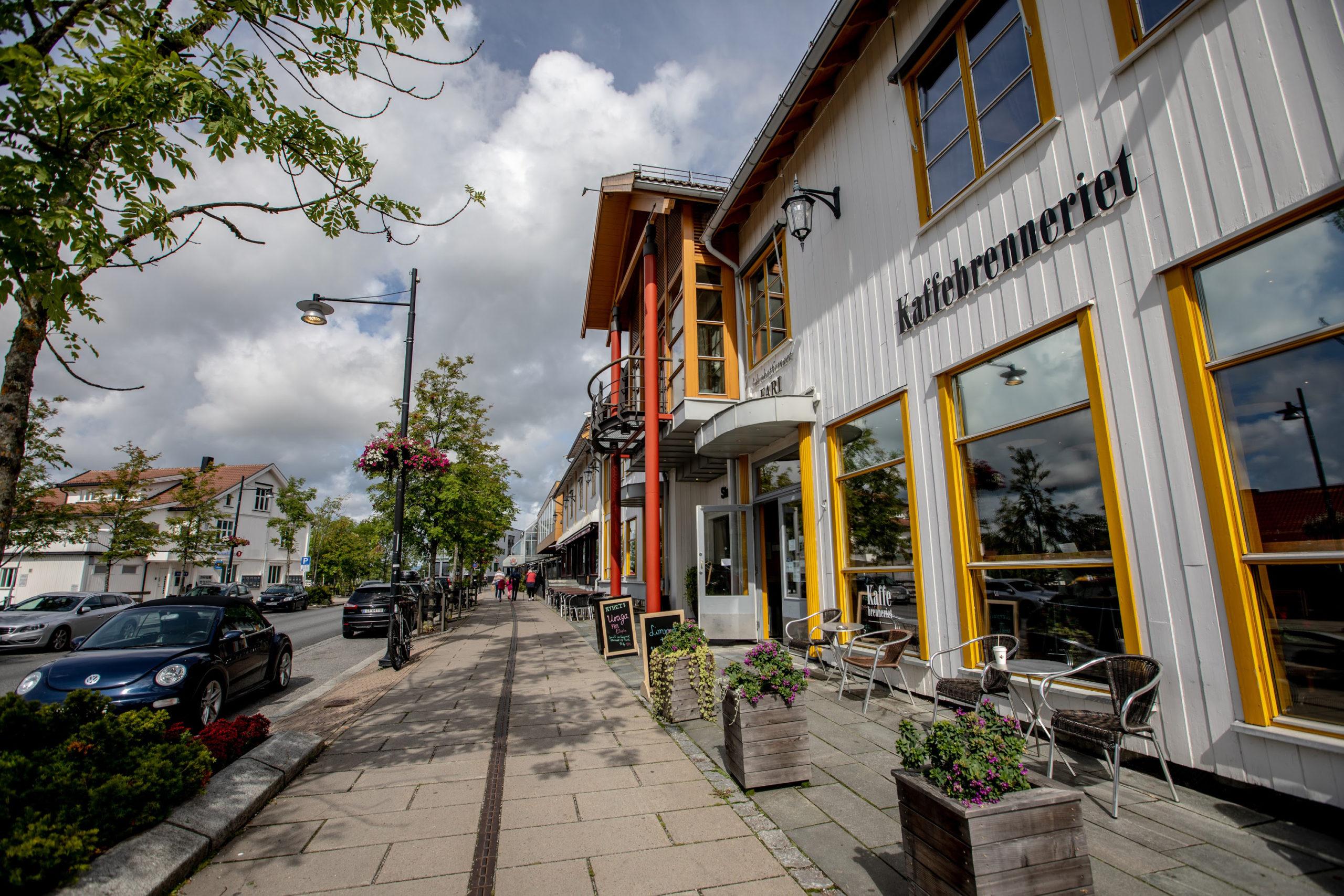 Enexcell AS er en lokal elektriker på Jessheim som tilbyr kvalitetsløsninger til privatpersoner, bedrifter og offentlige virksomheter .